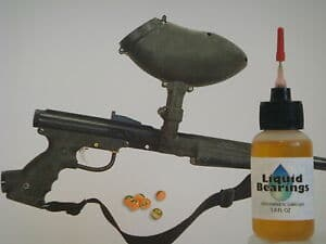 Photo showing the right way to oil and lubricate the marker