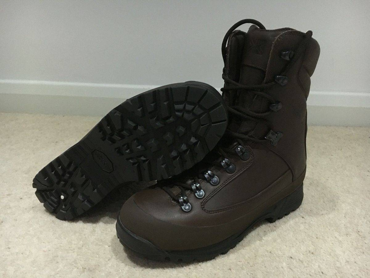 Full length leather shoes for your gear